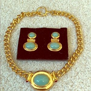 Elizabeth Taylor necklace and earring set